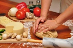 kneading-pizza-dough-1360961-m